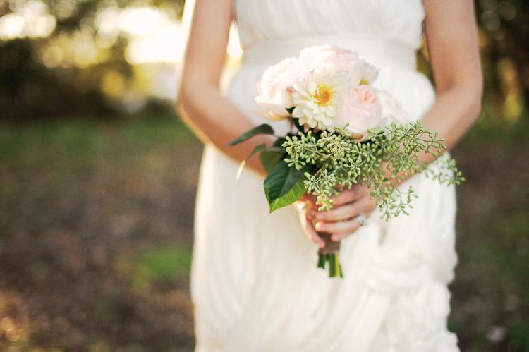 bride's bouquet at mercury hall austin tx