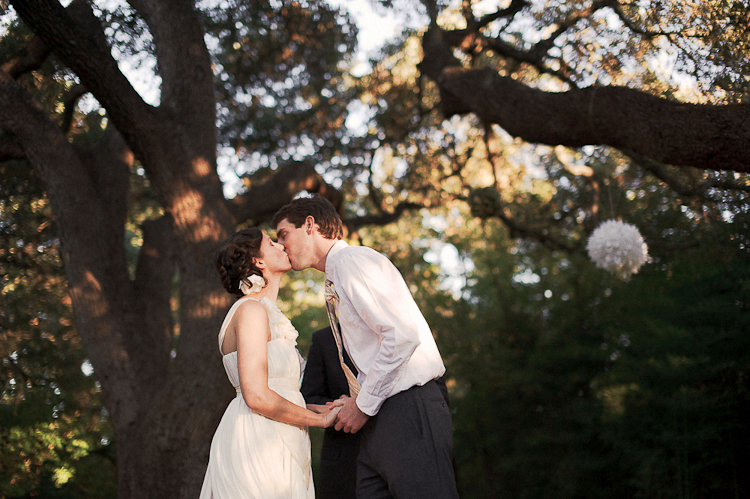 the kiss at wedding mercury hall venue pictures