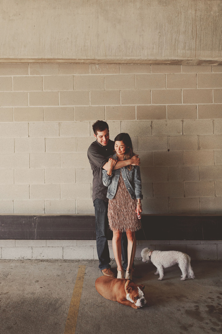 dog included in engagement pictures