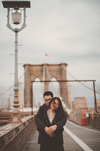 sunrise session on brooklyn bridge