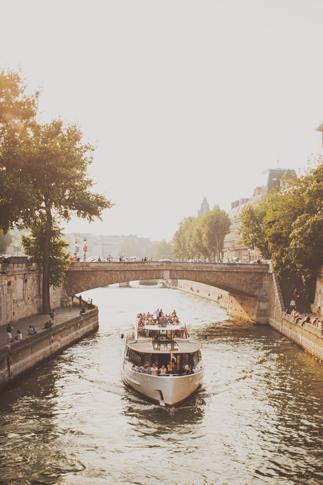paris boatride photography
