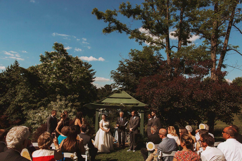 get amazing wedding photos
