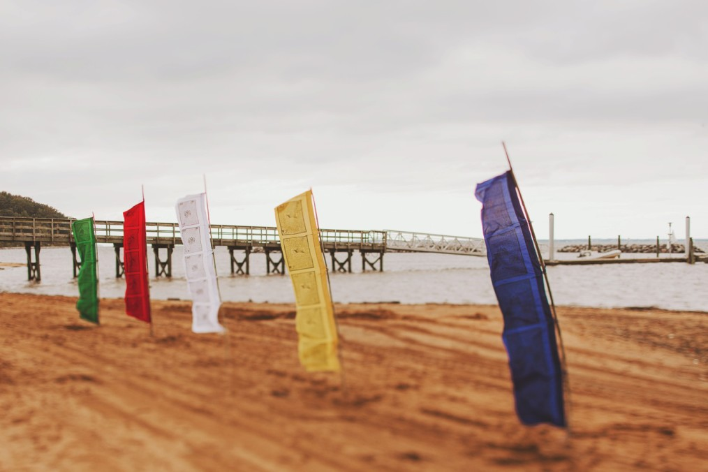 primary colors wedding beach