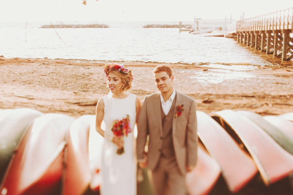 canoe wedding pictures