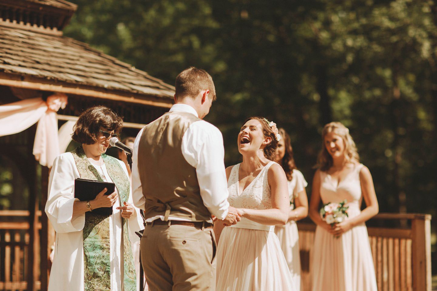 wedding photos at Cacapon Resort State Park