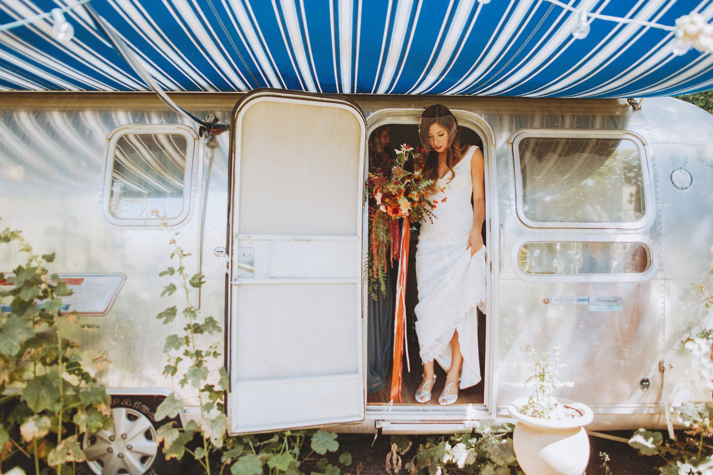colorado air stream wedding photos